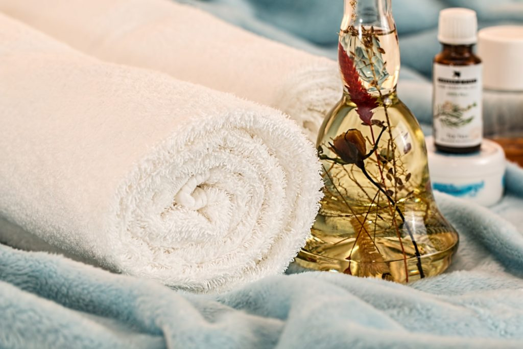 Towels and Essential Oils for a massage is found to be a mandatory benefit